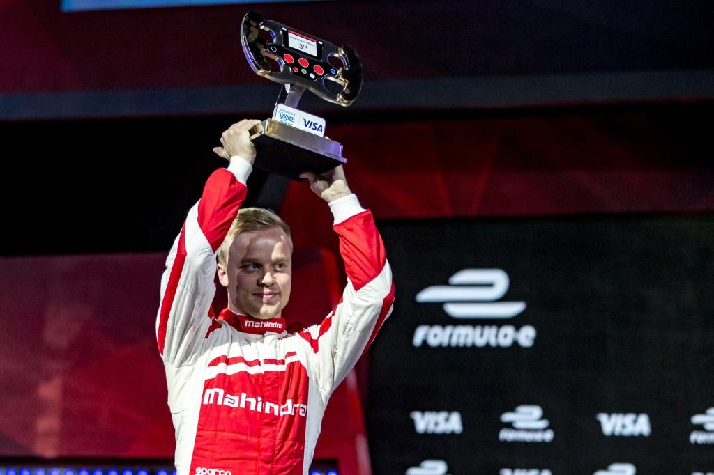 felix-podium