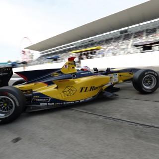 Felix Rosenqvist nära poäng i Super Formula-debuten
