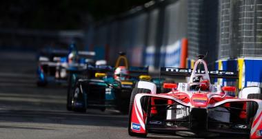 Felix Rosenqvist precis utanför pallen iParis ePrix