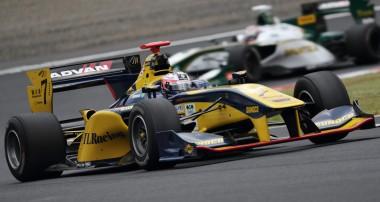 Felix Rosenqvist utmanar om pallen efter stark upphämtning i Okayama