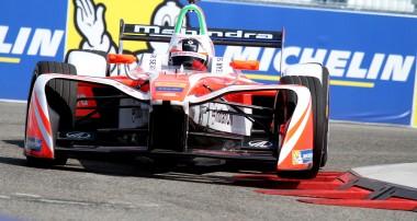 Felix Rosenqvist i medaljstrid vid Formel E-final i Montreal