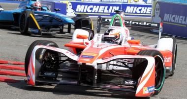 Snabb Felix Rosenqvist utan poäng i New York – ny chans i morgon