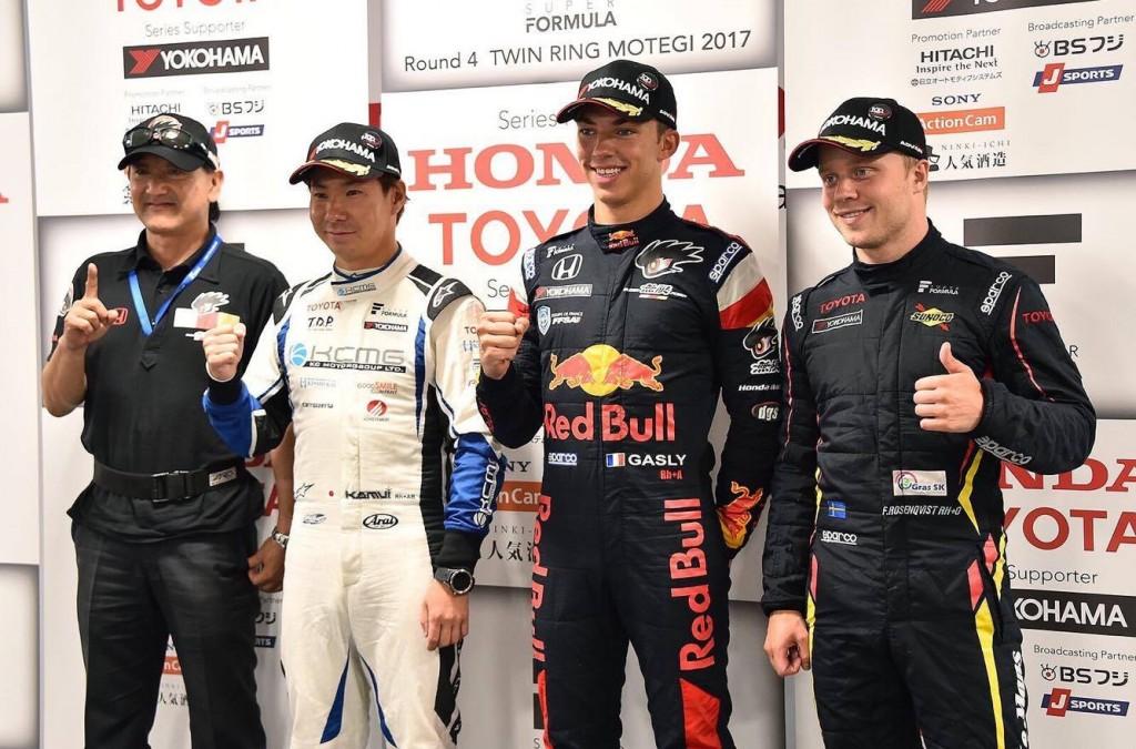 Felix podium