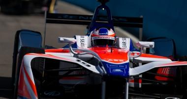 Rosenqvist fortsatt Formel E-tvåa i halvtid