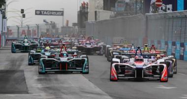 Felix Rosenqvist sätter tempot i Rom – men bryter i ledning