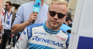 Felix Rosenqvist and Mahindra Racing out to turn the pagein Paris