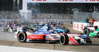 Felix Rosenqvist fortsatt Formel E-trea trots tung dag i Berlin